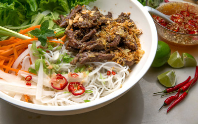 Vietnamese Marinated Steak Noodle Bowl on Colorado's Everyday Show